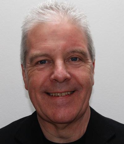 Dr Bruce Macaulay